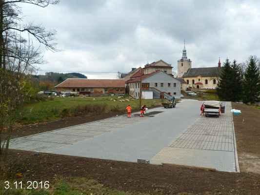 Výstavba parkoviště u Orlovny -  postup prací