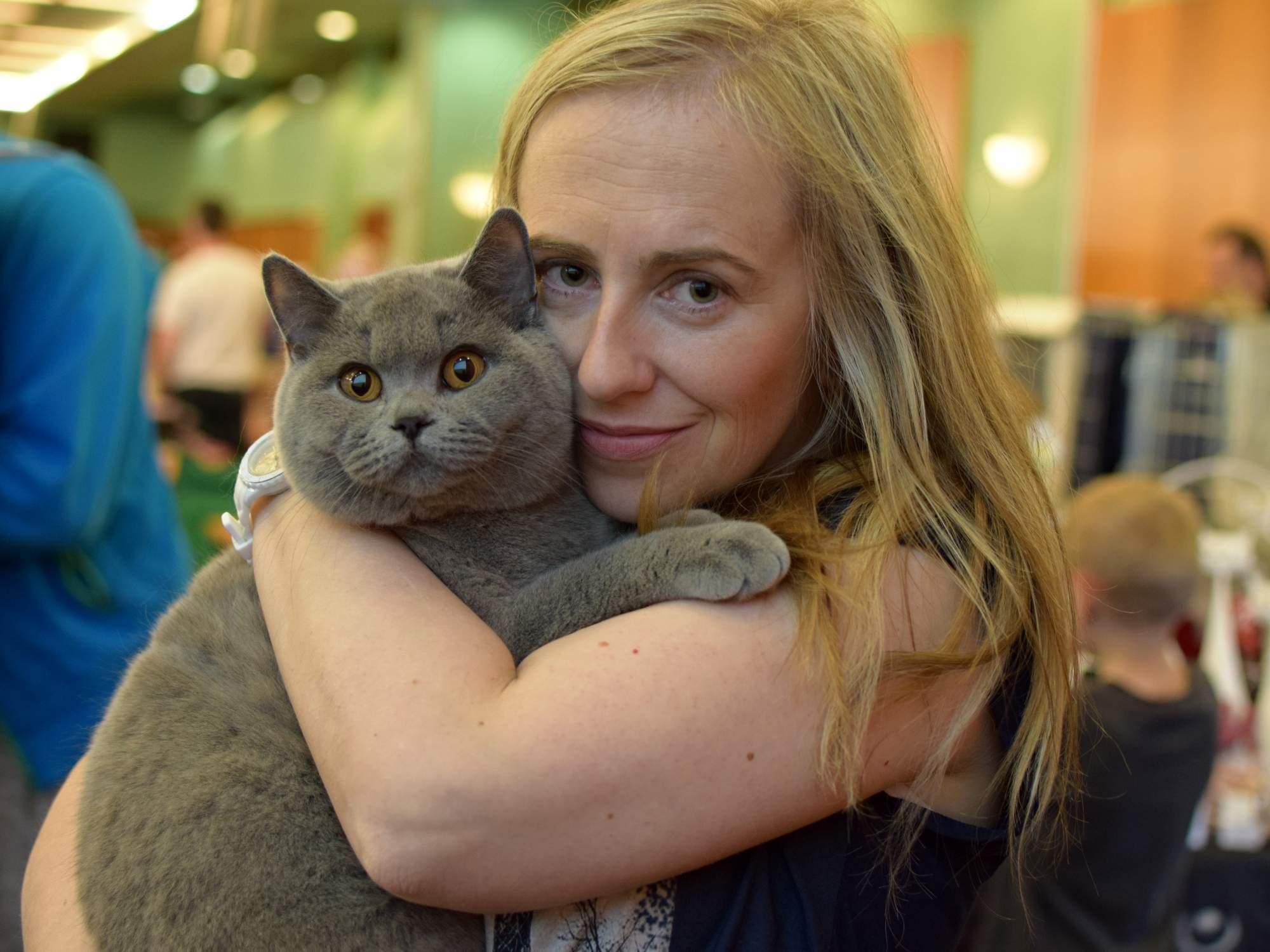 Účastnice soutěže s kočkou Jasmínou. Foto: Lenka Jebáčková