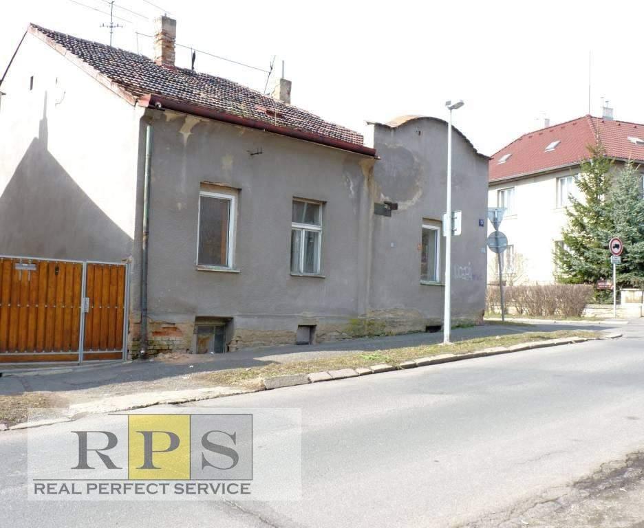 Rodinný dům 4 + 1 / Garáž, Malešice Praha 10