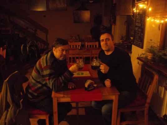 Publicista píšící o pivu, pivní znalec, degustátor piva, spisovatel a ostravský beer hunter Martin Jarošek v karvinské Oáze.