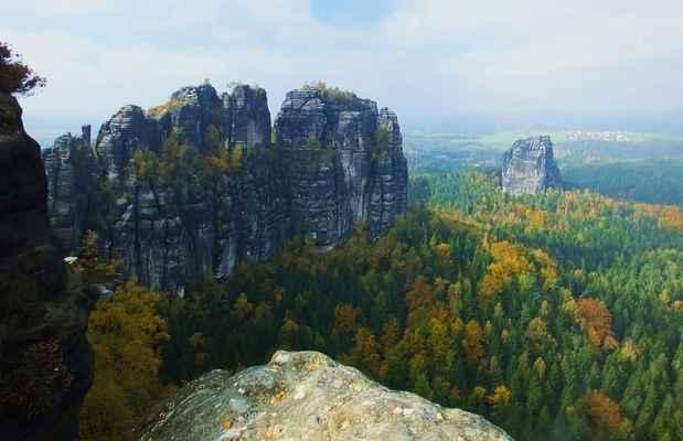 nejvyšším bodem šrámových kamenů je hoher torstein...