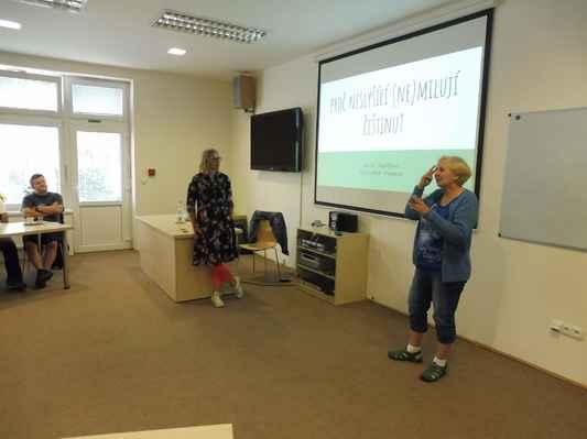Přednáška-PROČ NESLYŠÍCÍ (ne)MILUJÍ ČEŠTINU 22.6.2018