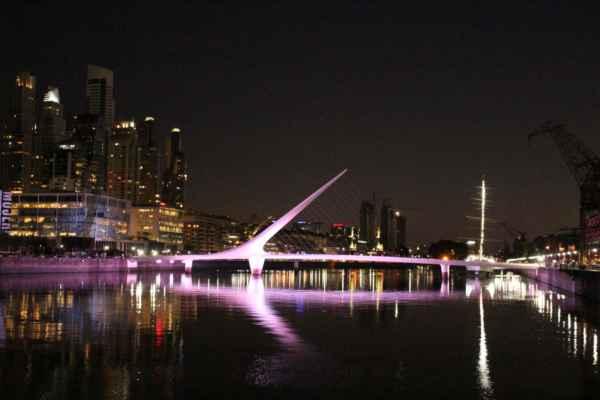 ten samý most večer