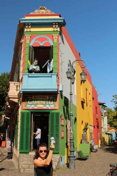 čtvrť La Boca a nejznámější ulička Caminito