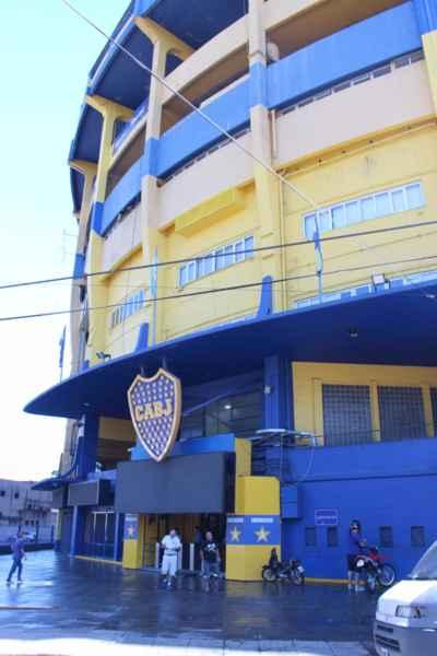a samozřejmě nejznámější místní fotbalový klub Boca Juniors