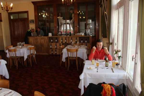 """v elegantním """"chorvatském"""" prostředí si dáváme chilská jídla"""