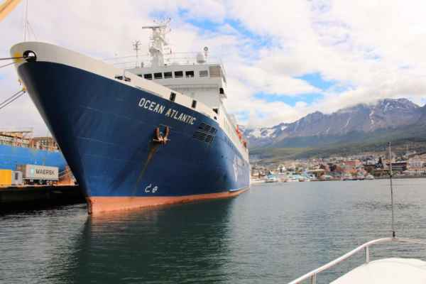 obrovské lodě - směr Antarktida
