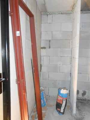 Vyzdění byt. jádra vč. sanitárního zařízení, elektroinstalace, obklad mezi kuch. linkou